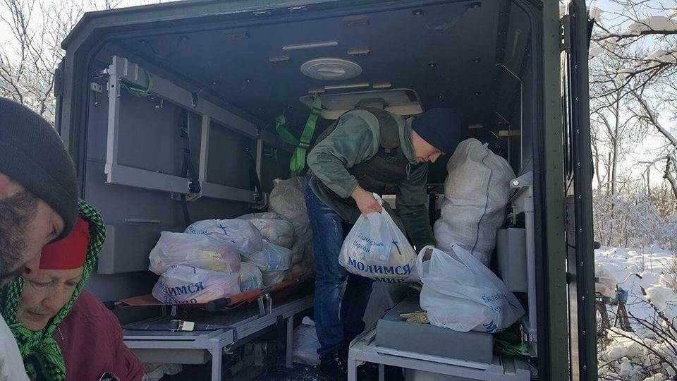В освобождённое Травневое миссионеры привезли продукты