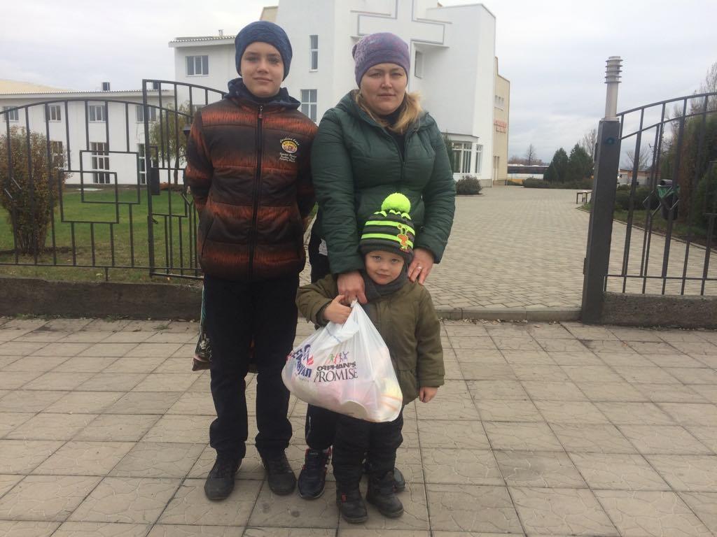 Мальчику, который попал под поезд сделали последнюю операцию
